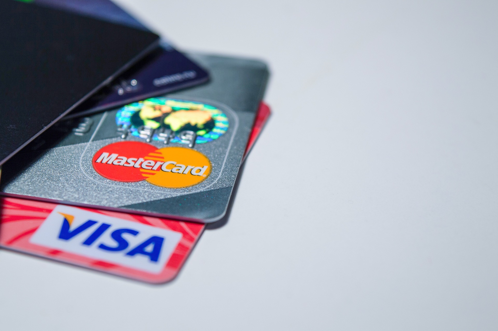 electronic payments 2109610 1920